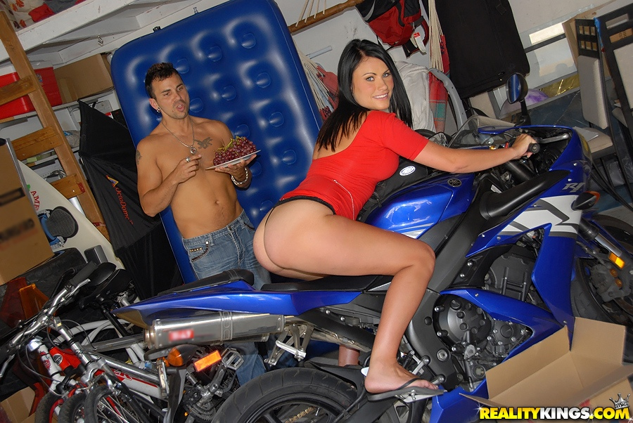 girl 2005 bikini winner fucking hoooooot want give